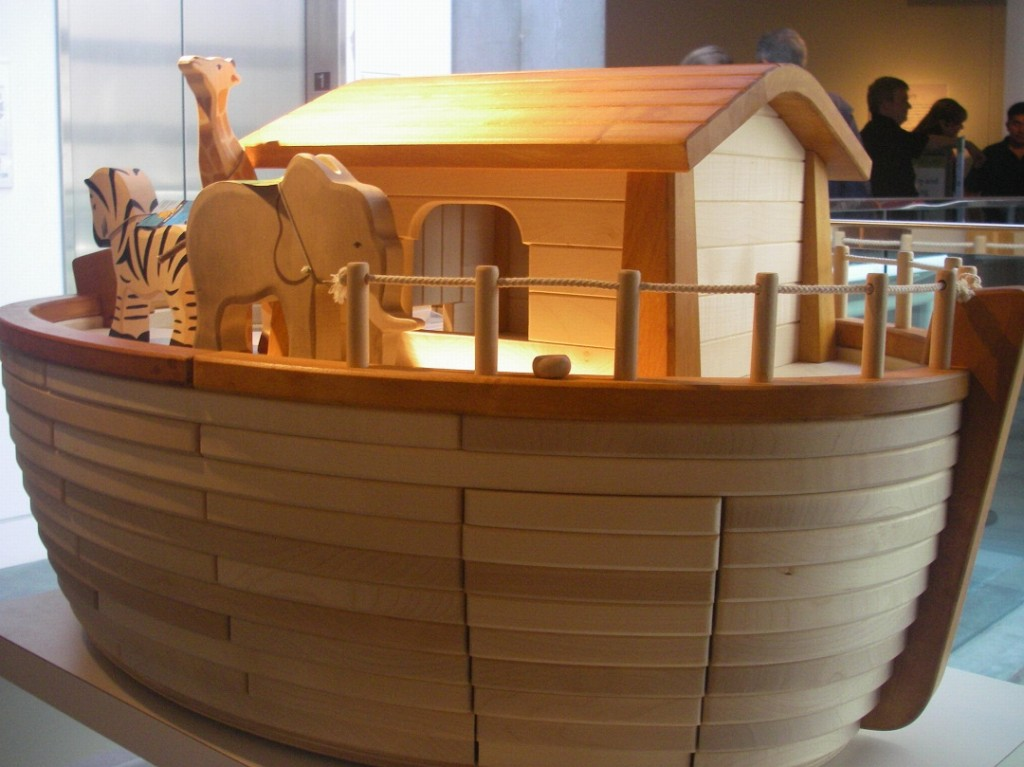 noah-ark-flood-genesis