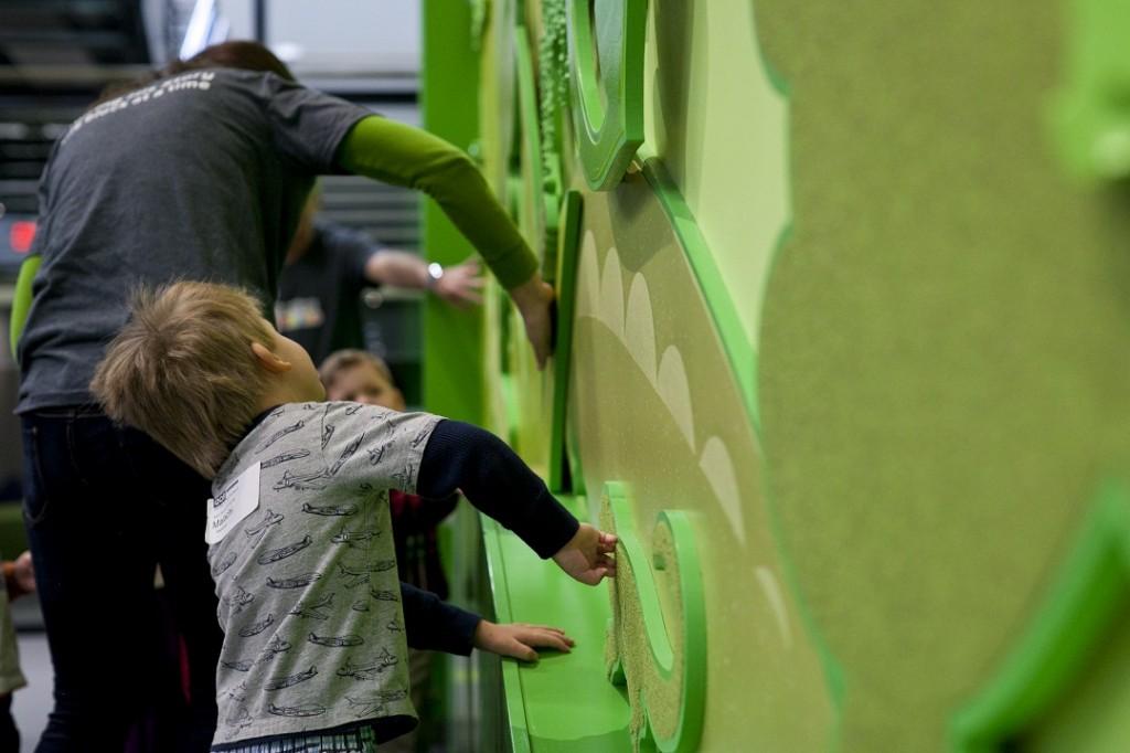 watermark-childrens-building-green-child