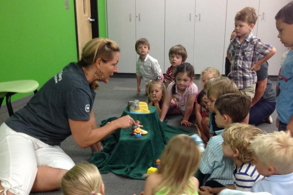 feet-washing-jesus-preschool-activities